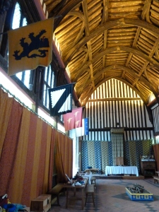 The only place I have seen the banner displayed is in the great hall of Gainsborough Old Hall in Lincolnshire.