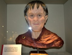 Geoffrey de Dutton may have looked like this.